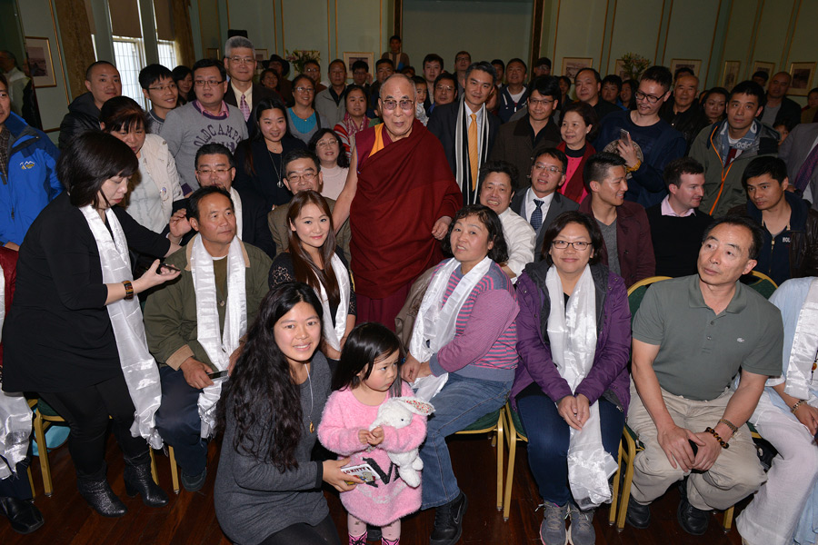 His Holiness the Dalai Lama with Chinese intellectuals, writers and democracy activists after their meeting in Katoomba, NSW, Australia on June 7, 2015. Photo/Rusty Stewart