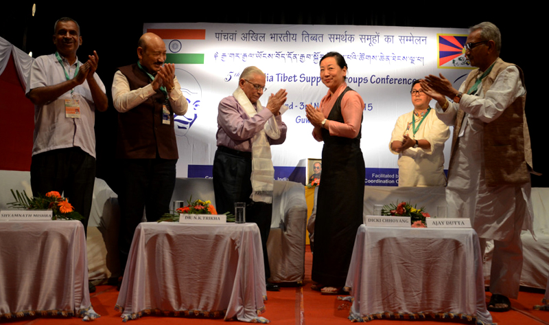 DIIR Kalon Dicki Choyyang, the Chief Guest on the second day of the 5th All India Tibet Support Groups Conference, felicitating Dr. N.K Trikha, National Convener, Core Group for Tibetan Cause, in Guwahati, 03 November 2015. Photo: DIIR