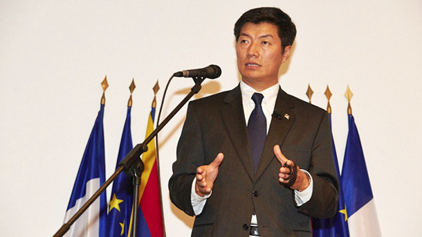 Sikyong Dr Lobsang Sangay addressing the conference of the presidents of the Tibetan communities in Europe in Boldern, Switzerland. Photo:Tibet Bureau